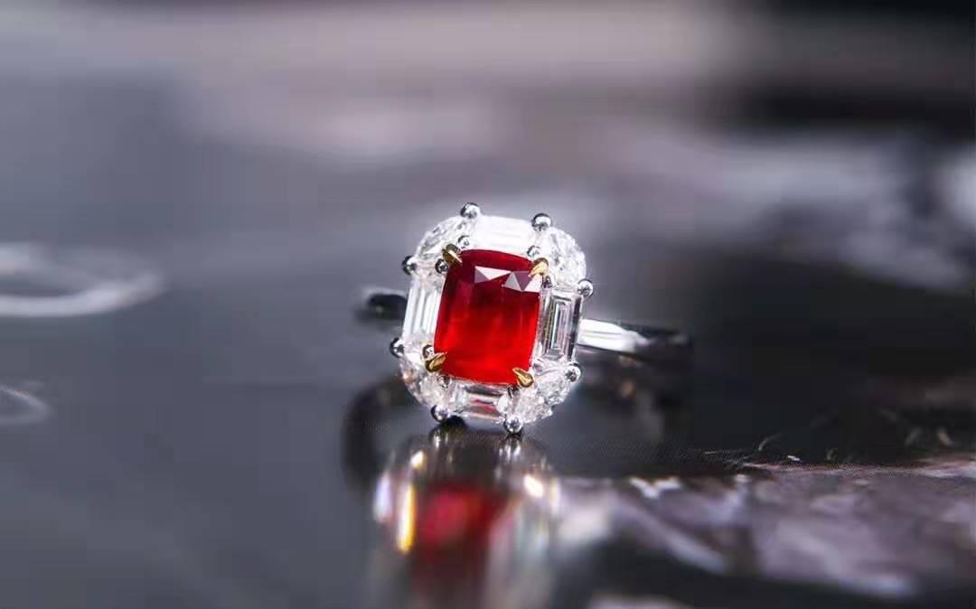 面对琳琅满目的红宝石您知道如何挑选红宝石首饰吗?