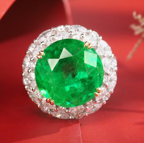 祖母绿戒指容易裂损,是不是不能日常佩戴